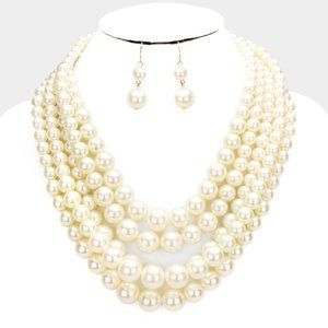 Cream and Gold 5row Strand Pearl Necklace